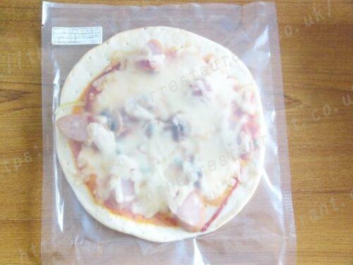 ピザ・アリオ「クリスピー生地」③フランクフルトのナポリタン