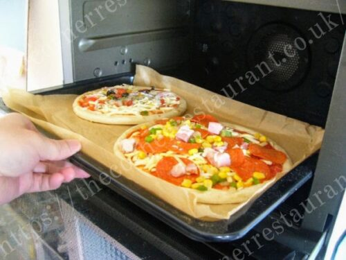 通販冷凍ピザ「トロナ業務用ピッツァ」の調理&試食