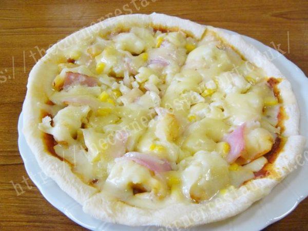 ジャーマンポテトピザを調理