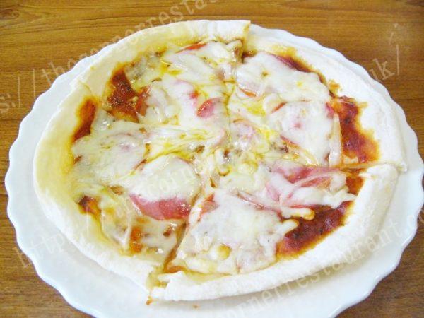 ペパロニマックスピザを調理