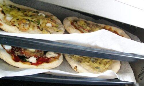 冷凍ピザフォンターナを調理&味わい