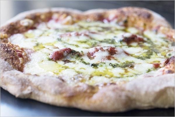 PST六本木の冷凍ピザ